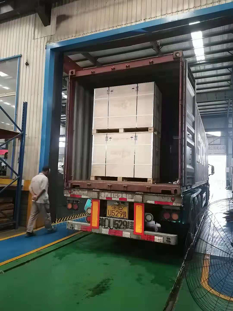 Valve delivery for 40GP container packing