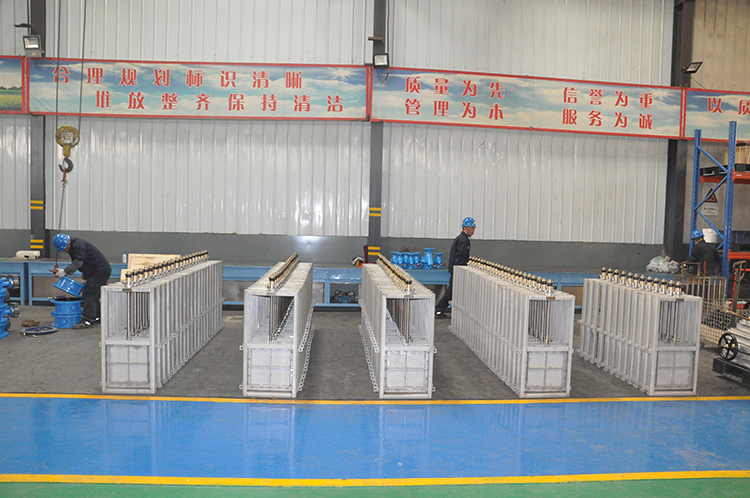 108 units sluice gate valve exported to Netherland have been successfully finished